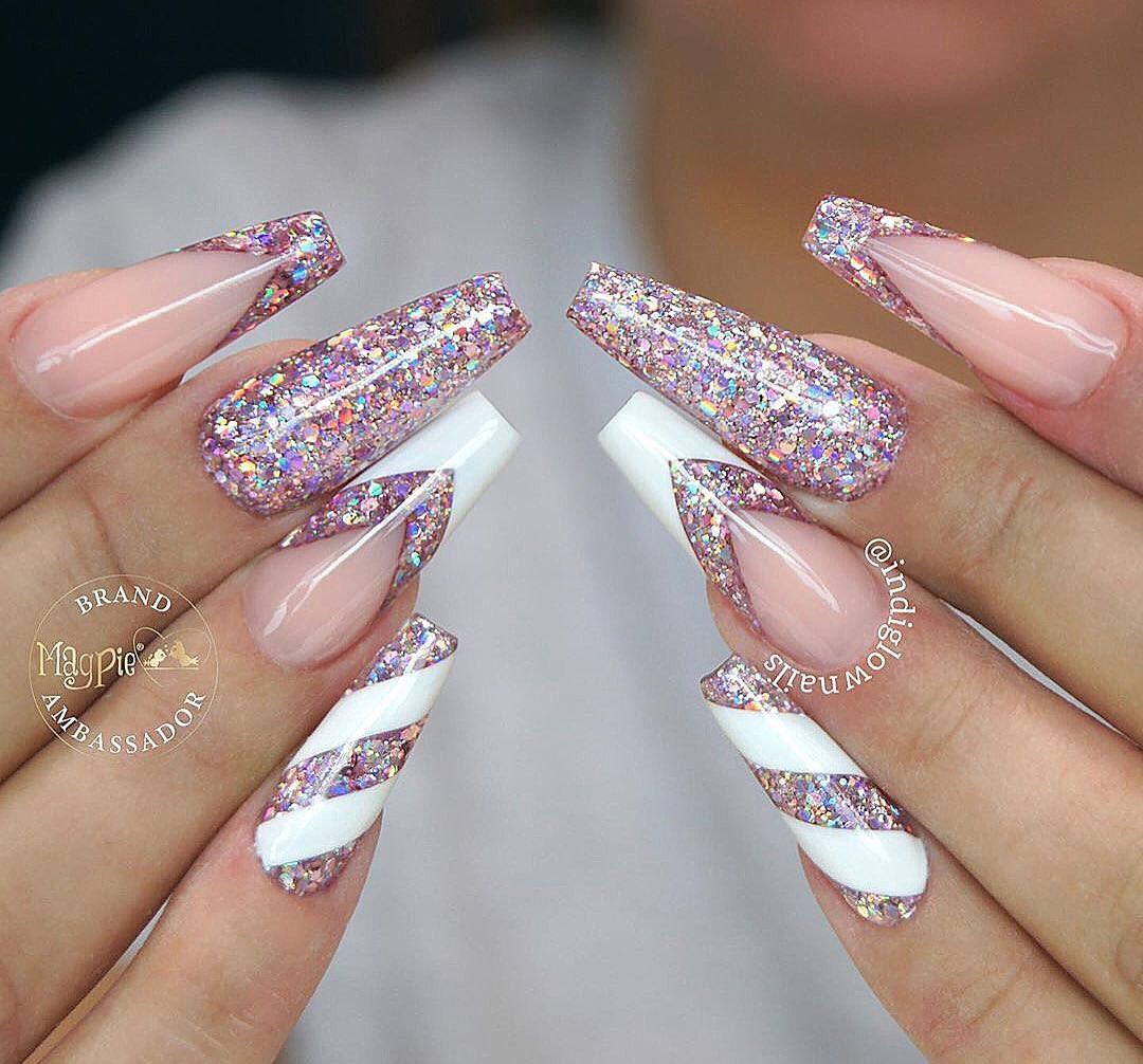 Beautiful french nails set!! Nail Artist @indiglownails